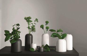 Duo de vases gris foncé